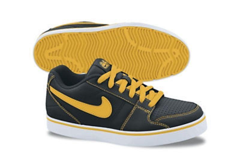 Topánky Nike Ruckus Low Jr 409296-010