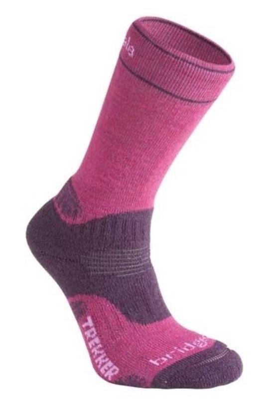 Ponožky Bridgedale WoolFusion Trekker CuPED Women's berry / plum 352 S (3-4,5) UK