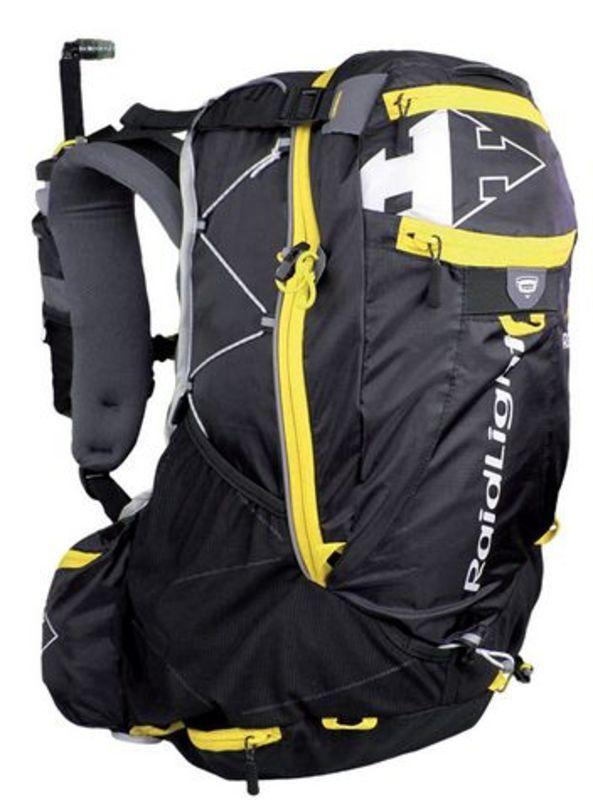 Bežecká vesta Raidlight Ultra Vest Olmo 30L Black